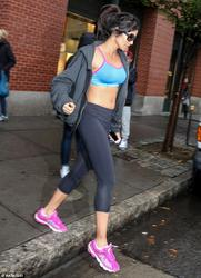 Padma Lakshmi - Sporting Abs Out in New York City After Workout (11/5/14)