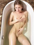 Marika hot bathq4qewictzm.jpg