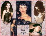 Debi Mazar There's a video thread for her but not a pic thread. She was in 'The Tuxedo', 'Money for Nothing' and a bunch of others you've seen. Foto 10 (Дэби Мазар Там's видео-потока для нее, но не ПИК поток.  Фото 10)