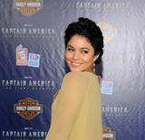 http://img12.imagevenue.com/loc88/th_47697_VanessaHudgens_CaptainAmericapremiere_Hollywood_190711_031_122_88lo.jpg