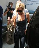 Victoria Beckham shopping in LA 2007-07-24