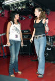 TATU IMAGENES Th_73512__tatu_perform_in_club_addict_in_tokyo_077__123_913lo