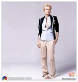 http://img12.imagevenue.com/loc301/th_15552_yksu_2005_adsscan_hilton_036_301lo.jpg